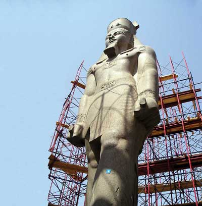 Ramesses Statue Moved to Giza