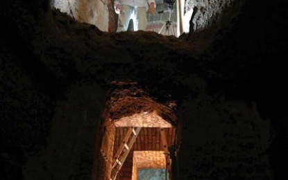 Scanning Rome's Catacombs