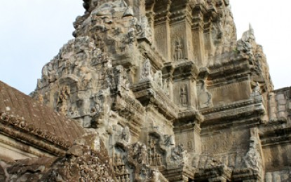 Angkor Wat: Temple of Boom