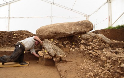 Grave discovery: first intact Neolithic burial chamber north of the Alps