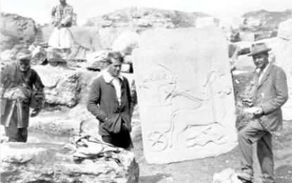 Hogarth at Carchemish