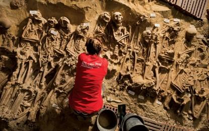 Medieval mass grave in Paris
